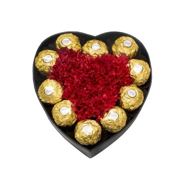Hộp Hoa Cẩm Chướng & Chocolate Into My Heart 5dee5b7562706.jpeg