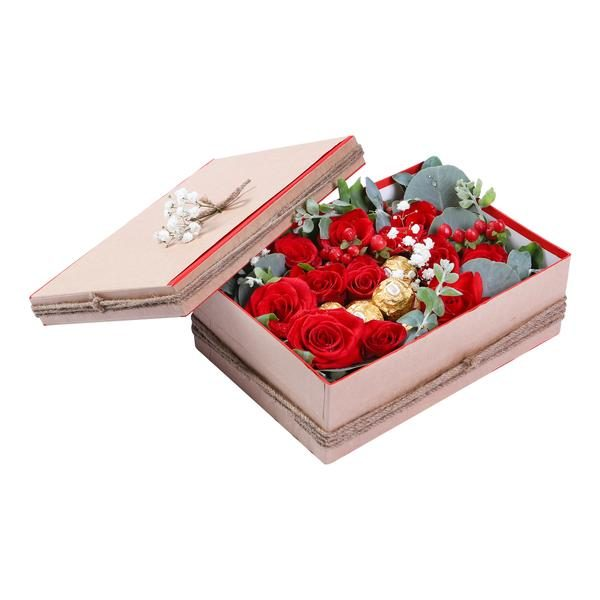 Hộp Hoa & Chocolate Treat Of Love 5e0a0d22aeb09.jpeg